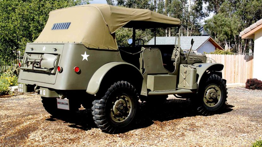 1942 Dodge Command Car W56 3/4 Ton World War II Vehicle presented as lot F116 at Anaheim, CA 2012 - image7
