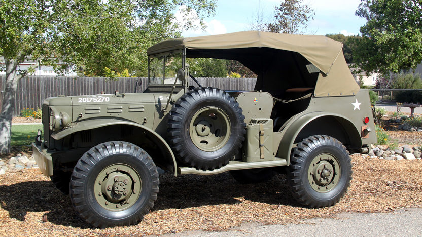 1942 Dodge Command Car W56 3/4 Ton World War II Vehicle presented as lot F116 at Anaheim, CA 2012 - image8
