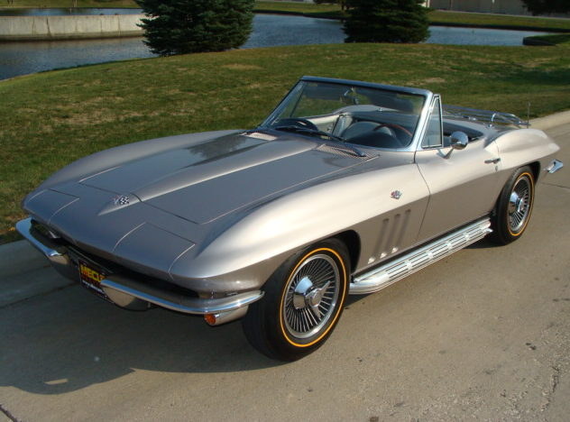 1965 Chevrolet Corvette Convertible 327/300 HP, 4-Speed, Two Tops presented as lot S82 at Anaheim, CA 2012 - image7