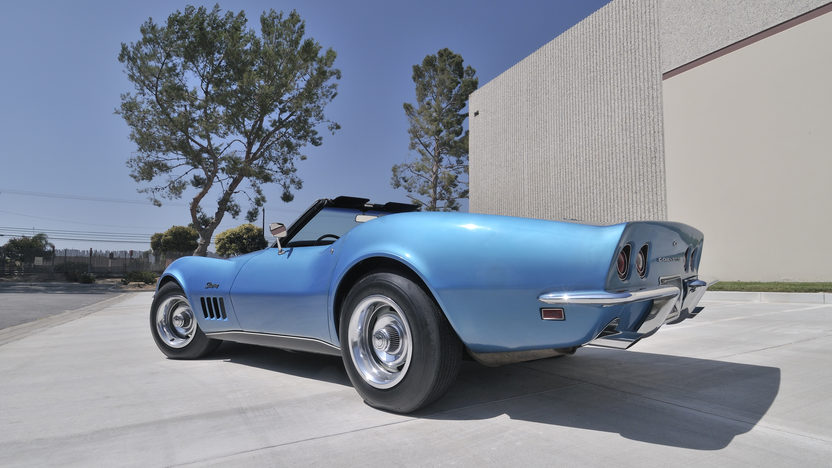 1969 Chevrolet Corvette L88 Convertible Highest Optioned, Most Documented L88 presented as lot S88 at Anaheim, CA 2012 - image4