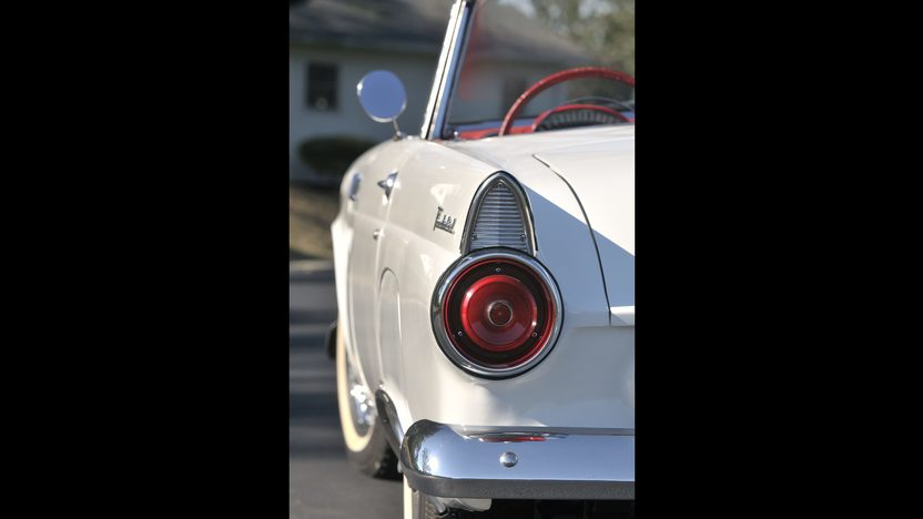 1955 Ford Thunderbird Convertible 292 CI, Automatic presented as lot S96 at Anaheim, CA 2012 - image8