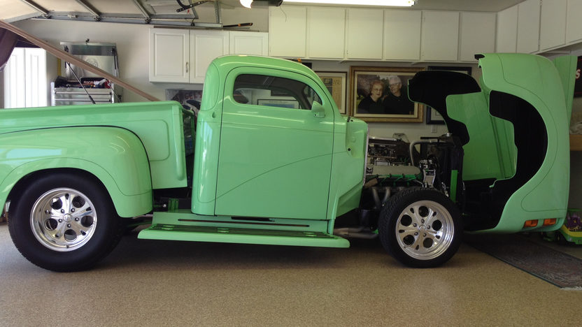 1948 Ford F1 Pickup 500 CI, Fully Customized presented as lot S100 at Anaheim, CA 2012 - image4