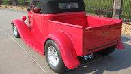 1932 Ford Roadster Pickup 350 CI, Original Body presented as lot S124 at Anaheim, CA 2012 - thumbail image6