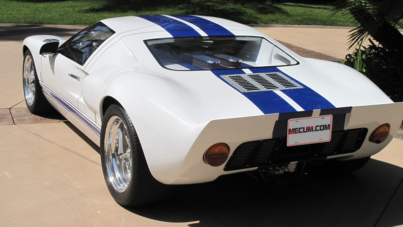 1966 Ford GT40 Replica 351 CI, 5-Speed presented as lot S140 at Anaheim, CA 2012 - image2
