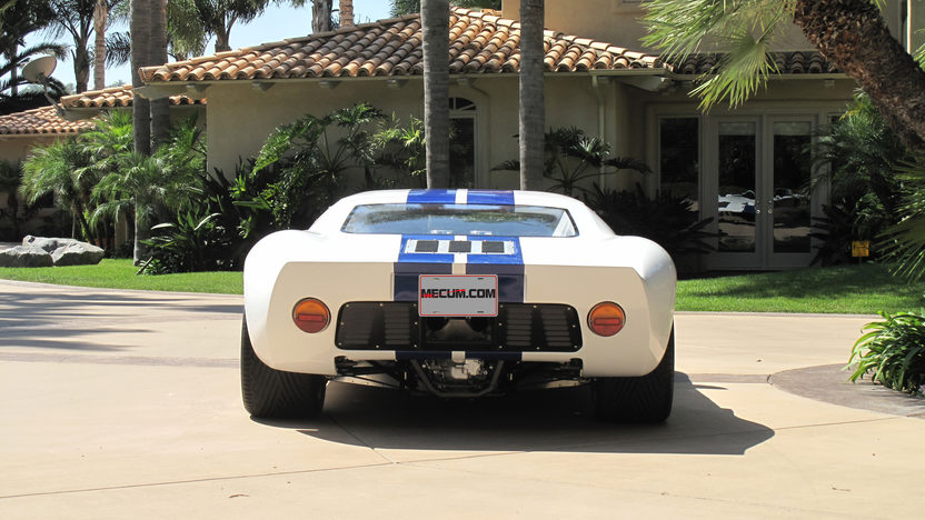 1966 Ford GT40 Replica 351 CI, 5-Speed presented as lot S140 at Anaheim, CA 2012 - image5