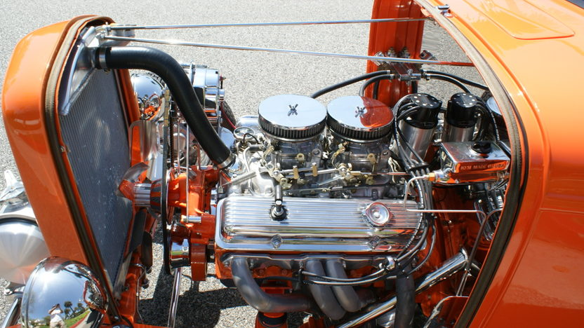 1932 Ford Hi-Boy Roadster 400 CI, Profiled in Street Rodder presented as lot S147 at Anaheim, CA 2012 - image5