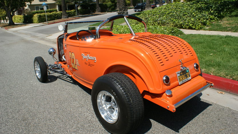 1932 Ford Hi-Boy Roadster 400 CI, Profiled in Street Rodder presented as lot S147 at Anaheim, CA 2012 - image7