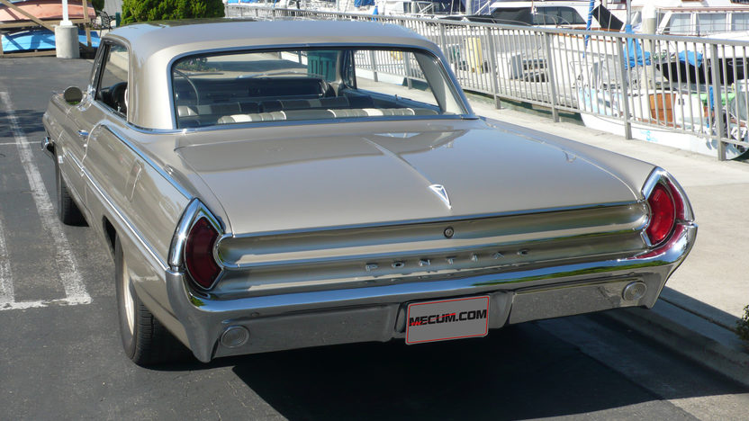 1962 Pontiac Catalina 500 CI, 5-Speed presented as lot S212 at Anaheim, CA 2012 - image7
