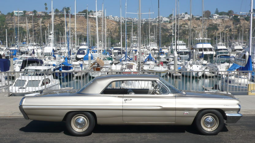 1962 Pontiac Catalina 500 CI, 5-Speed presented as lot S212 at Anaheim, CA 2012 - image8