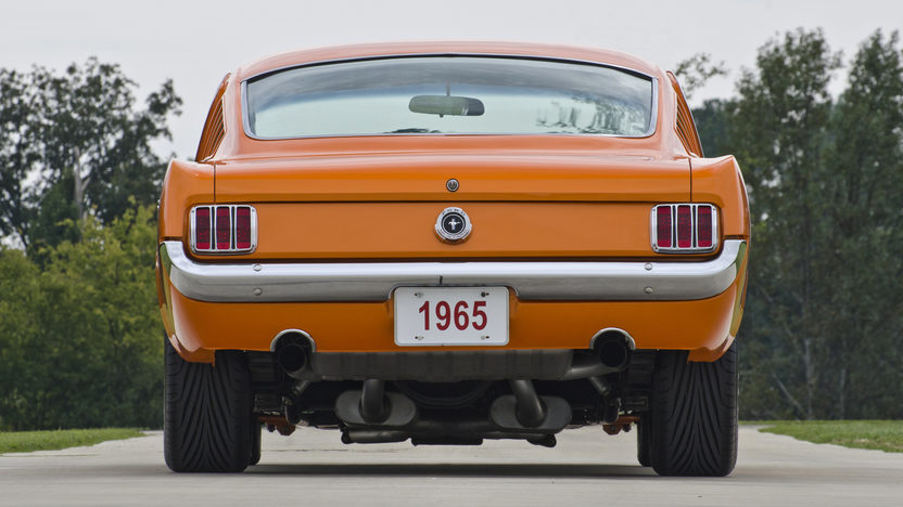 1965 Ford Mustang Resto Mod 351/400 HP, 5-Speed presented as lot S101 at Anaheim, CA 2012 - image12