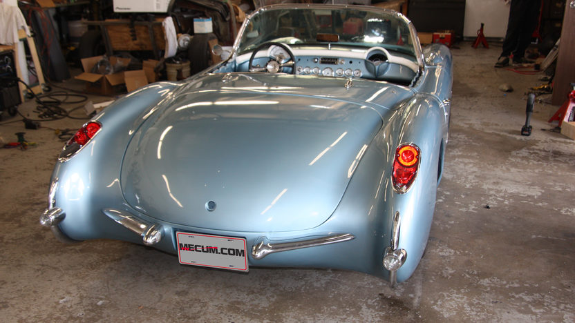 1957 Chevrolet Corvette Convertible 6.2/480 HP, 6-Speed presented as lot S162 at Anaheim, CA 2012 - image2