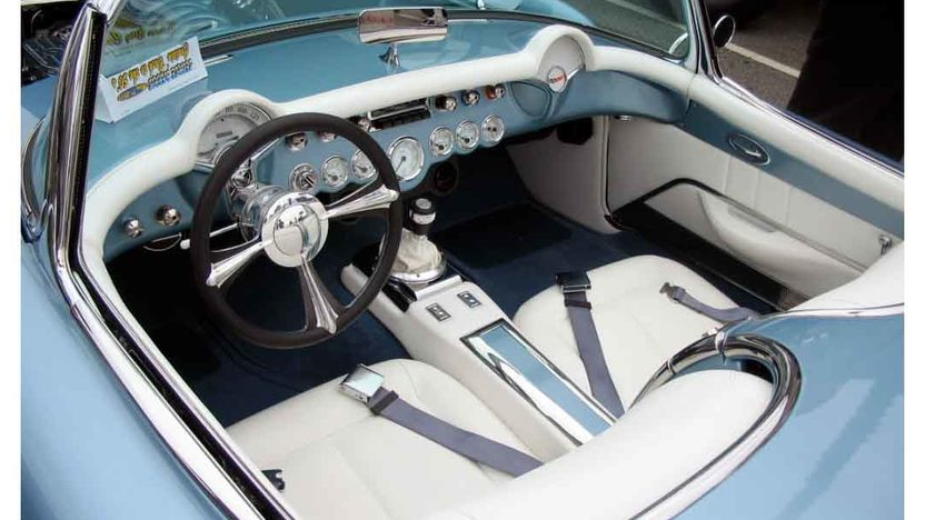 1957 Chevrolet Corvette Convertible 6.2/480 HP, 6-Speed presented as lot S162 at Anaheim, CA 2012 - image4