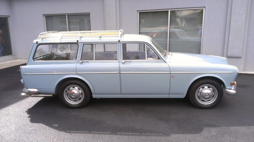 1966 Volvo 122S Wagon 2000 CC, 4-Speed presented as lot F86 at Anaheim, CA 2013 - image2