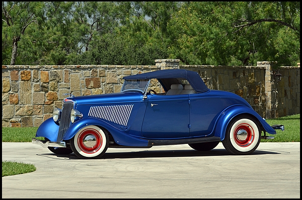 1934 Ford Roadster Street Rod 350/370 HP, Automatic presented as lot F90 at Anaheim, CA 2013 - image10