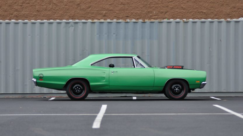 1969 Dodge Super Bee 440 Six Pack, 4-Speed presented as lot S119 at Anaheim, CA 2013 - image2