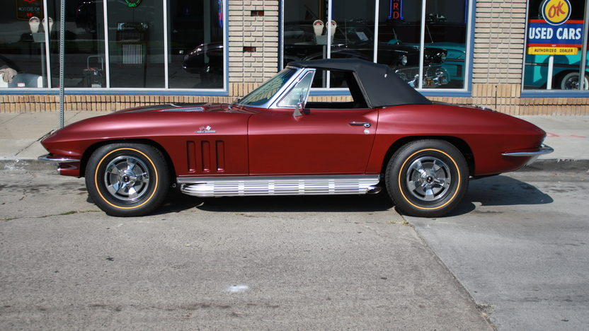 1966 Chevrolet Corvette Convertible 427/390 HP, 4-Speed presented as lot S176 at Anaheim, CA 2013 - image2