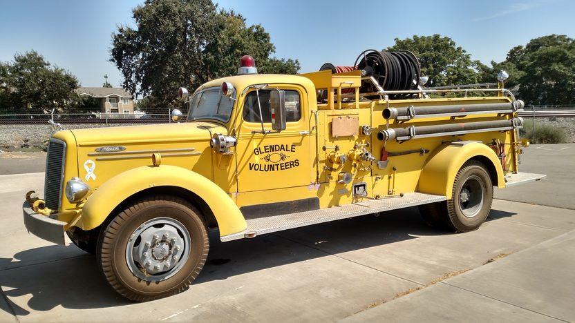 1945 Mack Fire Truck Mecum Anaheim 2015 S165