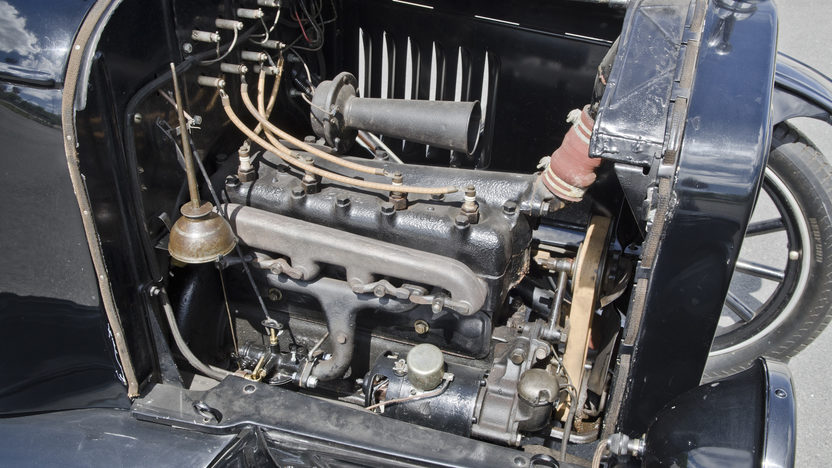 1924 Ford Model T 177 CI, 3-Speed presented as lot S26 at North Little Rock, AR 2012 - image7