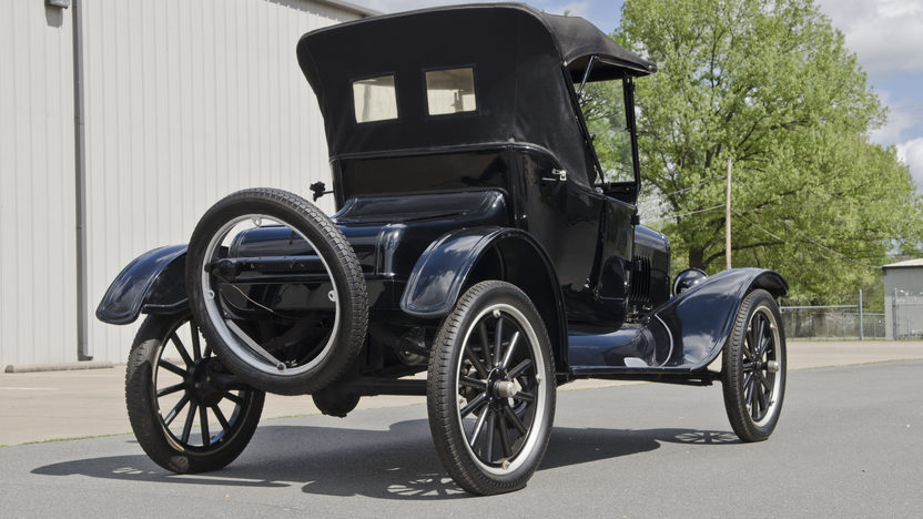 1924 Ford Model T 177 CI, 3-Speed presented as lot S26 at North Little Rock, AR 2012 - image9