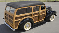 1948 International KB Woody Wagon presented as lot S29 at North Little Rock, AR 2012 - thumbail image11