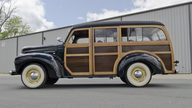 1948 International KB Woody Wagon presented as lot S29 at North Little Rock, AR 2012 - thumbail image3