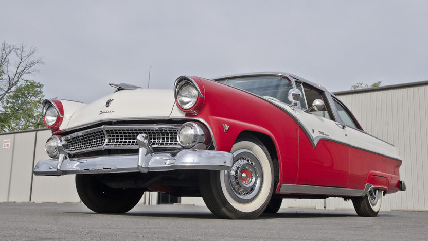 1955 Ford Crown Victoria Glass Top 272 CI, Automatic presented as lot S30 at North Little Rock, AR 2012 - image9