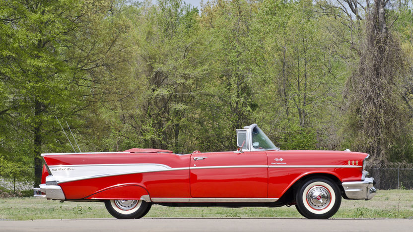 1957 Chevrolet Bel Air Fuelie Convertible 283/250 HP, Automatic presented as lot S34 at North Little Rock, AR 2012 - image11