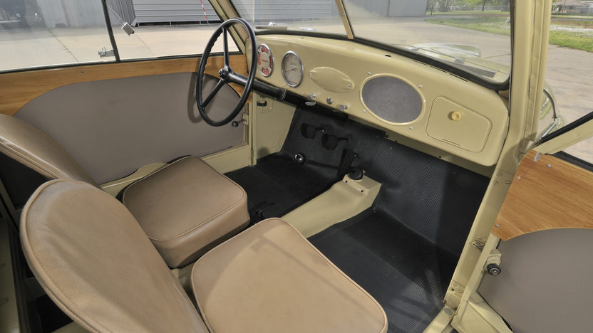 1947 Crosley Sedan Convertible 44 CI, 3-Speed presented as lot S54 at North Little Rock, AR 2012 - image3