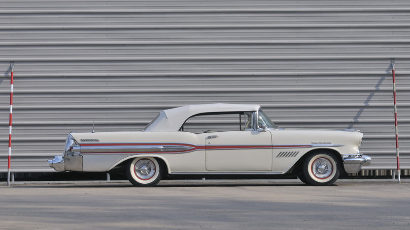 1957 Pontiac Bonneville Convertible 347 CI, Automatic presented as lot S73 at North Little Rock, AR 2012 - image11