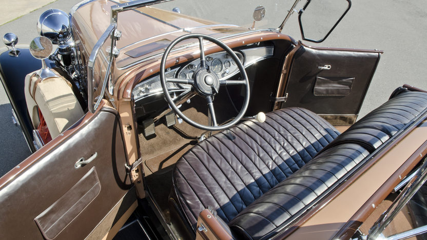 1931 Cadillac Fleetwood Dual Cowl Phaeton 353 CI, 3-Speed presented as lot S75 at North Little Rock, AR 2012 - image4