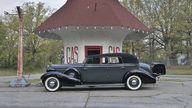 1934 Cadillac Fleetwood V12 All-Weather Phaeton #2 of 3 Produced presented as lot S81 at North Little Rock, AR 2012 - thumbail image9