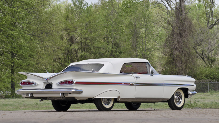 1959 Chevrolet Impala Convertible 348/280 HP, 4-Speed presented as lot S82 at North Little Rock, AR 2012 - image3