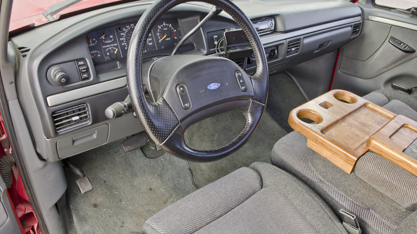 1993 Ford Lightning Pickup 5.8L, Automatic presented as lot S152 at North Little Rock, AR 2012 - image5