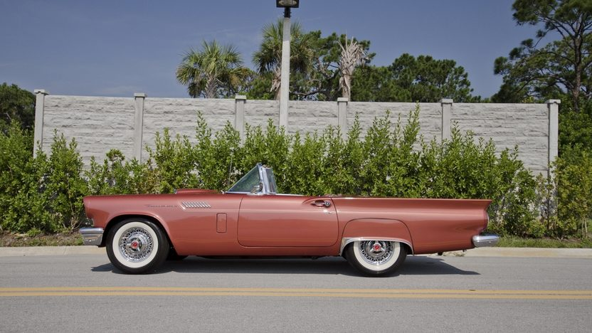 1957 Ford Thunderbird 312 CI, Automatic, Two Tops presented as lot S21 at Boynton Beach, FL 2013 - image11