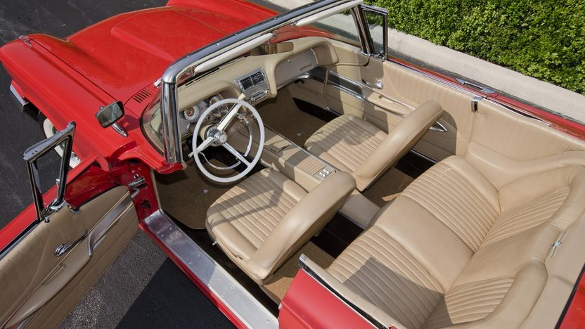 1960 Ford Thunderbird Convertible 430 CI, Tri-Power Intake presented as lot S59 at Boynton Beach, FL 2013 - image3