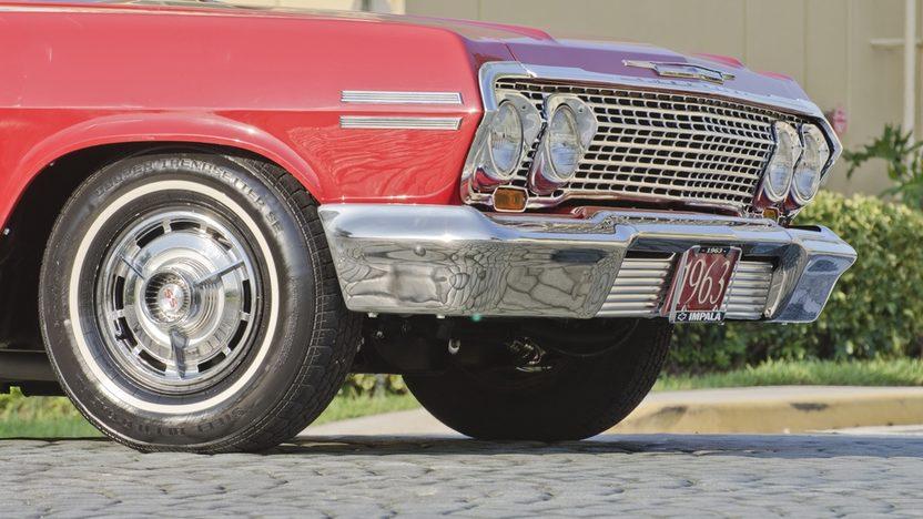 1963 Chevrolet Impala SS Convertible 409 CI, 4-Speed presented as lot S45 at Boynton Beach, FL 2013 - image10