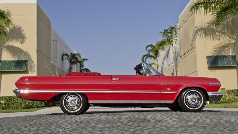 1963 Chevrolet Impala SS Convertible 409 CI, 4-Speed presented as lot S45 at Boynton Beach, FL 2013 - image3