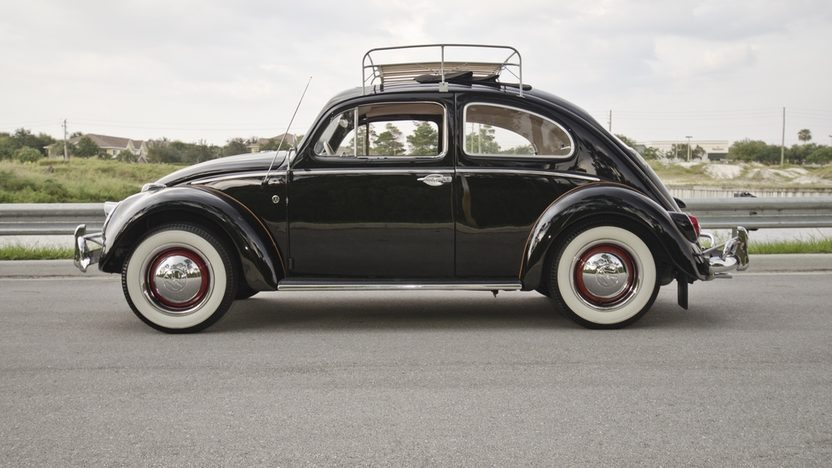 1963 Volkswagen Beetle Ragtop Air Cooled, 4-Speed presented as lot S67 at Boynton Beach, FL 2013 - image3