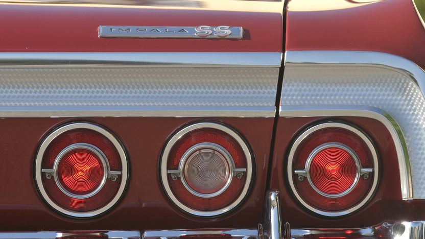 1964 Chevrolet Impala SS Convertible 409 CI, Red/Red presented as lot S30 at Boynton Beach, FL 2013 - image9
