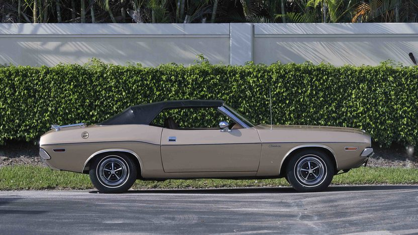 1971 Dodge Challenger Convertible 383 CI, Automatic presented as lot S20 at Boynton Beach, FL 2013 - image12