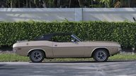 1971 Dodge Challenger Convertible 383 CI, Automatic presented as lot S20 at Boynton Beach, FL 2013 - thumbail image12