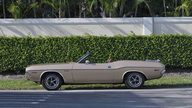 1971 Dodge Challenger Convertible 383 CI, Automatic presented as lot S20 at Boynton Beach, FL 2013 - thumbail image3