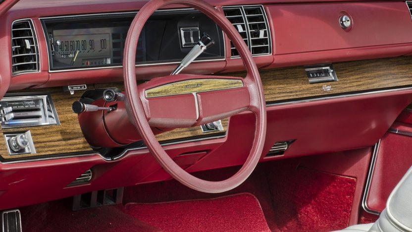 1975 Buick LeSabre Convertible 455 CI, Automatic presented as lot S72 at Boynton Beach, FL 2013 - image6