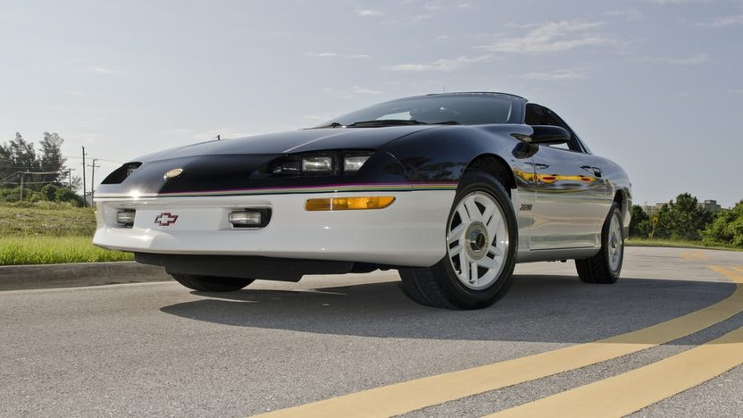 1993 Chevrolet Camaro Z28 Pace Car Edition LT1, Automatic presented as lot S12 at Boynton Beach, FL 2013 - image10