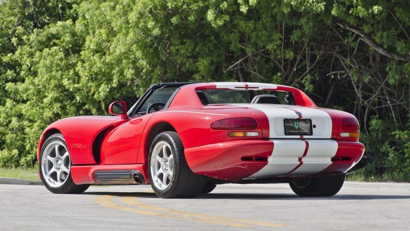 1994 Dodge Viper RT/10 Roadster 8.0L, 6-Speed presented as lot S62 at Boynton Beach, FL 2013 - image2