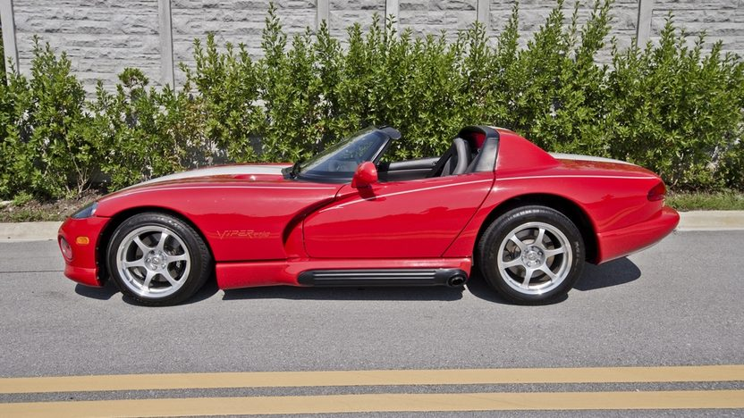 1994 Dodge Viper RT/10 Roadster 8.0L, 6-Speed presented as lot S62 at Boynton Beach, FL 2013 - image3