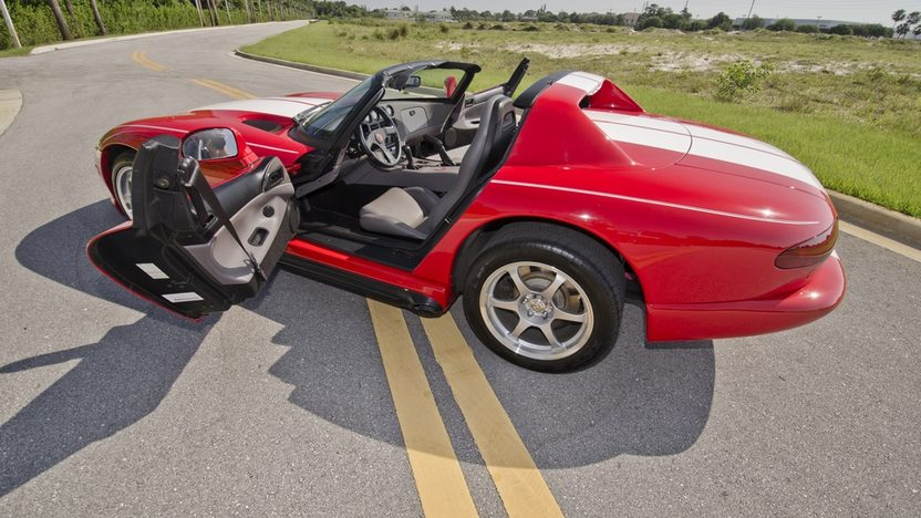 1994 Dodge Viper RT/10 Roadster 8.0L, 6-Speed presented as lot S62 at Boynton Beach, FL 2013 - image4