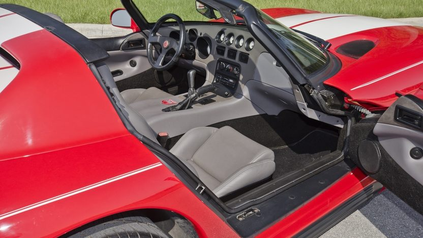 1994 Dodge Viper RT/10 Roadster 8.0L, 6-Speed presented as lot S62 at Boynton Beach, FL 2013 - image5