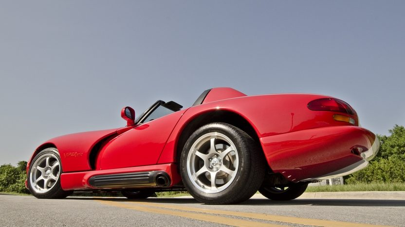 1994 Dodge Viper RT/10 Roadster 8.0L, 6-Speed presented as lot S62 at Boynton Beach, FL 2013 - image9