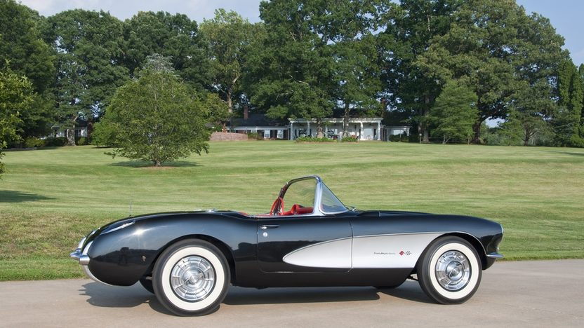 1957 Chevrolet Corvette Convertible 283/283 HP, 4-Speed presented as lot S21 at St. Charles, IL 2011 - image8